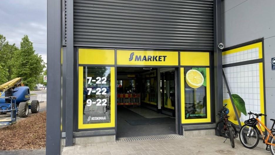 S-market Lievestuoreen sisäänkäynti